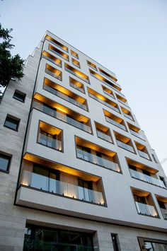 Architecture: Boozhgan Studio , Hamed Badri Ahmadi Location: Tehran, Iran… - Pin This Building Exterior, Building Facade, Residential Building Design, Building Elevation, Facade Design, Exterior Design, Architecture Résidentielle, Beautiful Architecture, Facade Lighting