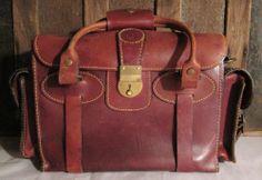 Vintage Holland Sport Mulholland Brothers Leather Shot Shell Range   Camera  Bag  HollandSportMulhollandBrothers Vintage Leather 6b658ad3f3cd0