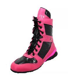 f6c9e8b15 ... #shoes #shoeslovers #modaparamulheres #mulher #trend #sapatosfemininos  #moda #sapatos #londrina #boots #bota #fashionismo #expo #expolondrina  #expo2019
