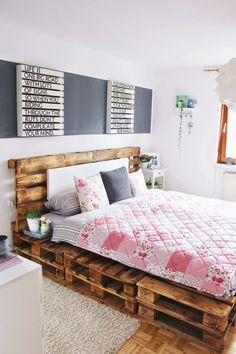 40 Creative Wood Pallet Bed Design Ideas - EcstasyCoffee