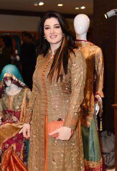 Www Fashioncentral Pk Images Events 1089 Saba Waseem Jpg With Images Dress Neck Designs Designer Kurti Patterns Pakistani Dresses