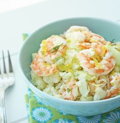 Shrimp & Cauliflower Salad with Lemon and Dill - low carb super fresh and perfect for dinner on the patio! Shrimp & Cauliflower Salad with Lemon and Dill - low carb super fresh and perfect for dinner on the patio! Low Carb Lunch, Low Carb Keto, Low Carb Recipes, Cooking Recipes, Healthy Recipes, Salad Recipes, Healthy Dishes, Free Recipes, Cauliflower Salad