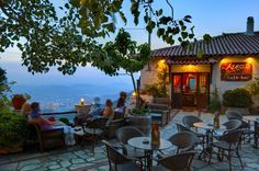 Aeriko cafe smells and flavors Outdoor Cafe, Outdoor Decor, Dinner Places, My Heritage, Cafe Bar, Greece Travel, My Dream Home, Places To Visit, Greek