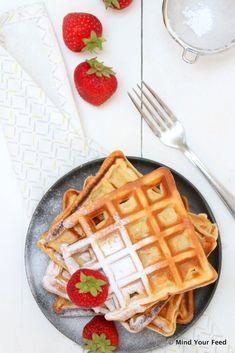 Yoghurt wafels met verse aardbeien