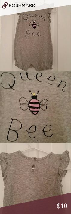 """BABY GAP """"Queen Bee"""" Jumper with ruffle sleeves Adorable gray jumper with black writing. Pink bee has a yellow crown. GAP One Pieces Bodysuits"""