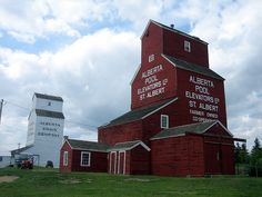Grain Elevators at St. O Canada, Alberta Canada, Immigration Canada, Discover Canada, Western Canada, Largest Countries, Le Far West, Old Barns, Places Ive Been