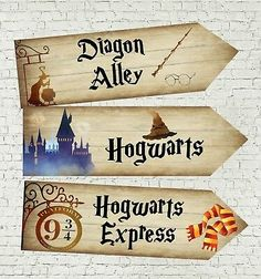 6 Different Harry Potter Hogwarts Wizards Party Decoration Classe Harry Potter, Harry Potter Bookmark, Cumpleaños Harry Potter, Harry Potter Bedroom, Harry Potter Drawings, Harry Potter Halloween, Harry Potter Cards, Hogwarts Sign, Harry Potter Diy