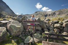 Alpen-Urlaub: BerglustPUR im Wanderhotel Gassner im Herzen der Alpen Mountains, Nature, Travel, National Forest, Hiking, Round Round, Destinations, Viajes, Naturaleza