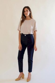 8cf0d40b2f5 minimalist outfit to inspire your own sleek look 26 Minimalist Dresses