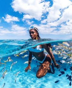 Breathtaking Underwater Photography By André MusgroveYou can find Scubas and more on our website.Breathtaking Underwater Photography By André Musgrove Black Girl Magic, Black Girls, Black Women, Reproduction Photo, Vacation Mood, Black Girl Aesthetic, Underwater Photography, Travel Aesthetic, Belle Photo