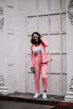 How to style a pink suit - TorontoShay Valentine Outfits For Women, Cute Valentines Day Outfits, Estilo Casual Chic, Casual Chic Style, Black Girl Fashion, Cute Fashion, Womens Fashion, Valentine's Day Outfit, Outfit Of The Day