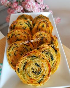 Image may contain: food and indoor Turkish Recipes, Ethnic Recipes, Vegetarian Recipes, Healthy Recipes, Good Food, Yummy Food, Shellfish Recipes, Breakfast Items, Food Design