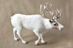 Items similar to Dagr -needle felted reindeer ( caribou ) on Etsy Needle Felted Animals, Felt Animals, Miniture Animals, Cow Toys, Felt Dragon, Needle Felted Ornaments, Wild Animals Photography, Felt Christmas Ornaments, Christmas Time
