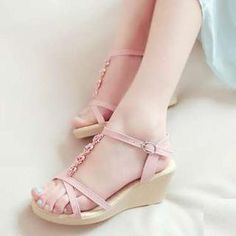 Buy 'Pangmama – Floral Wedge Sandals' with Free International Shipping at YesStyle.com. Browse and shop for thousands of Asian fashion items from China and more!