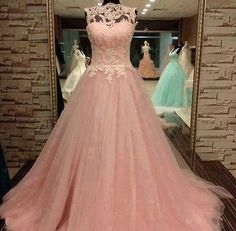 Romantic Pink Lace Tulle Prom Gowns Appliques Beaded Sweet 16 Quinceanera Dress