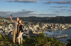 From caffeine loading and vineyard hopping to rooftop drinking and market feasting, there are plenty of things to do in the wonderful Kiwi capital of Wellington.