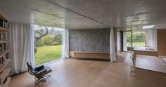 Chameleon House by Petr Hajek Architekti (1)