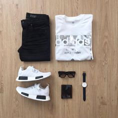 "563 Me gusta, 10 comentarios - Junho (@mrjunho3) en Instagram: ""Black and white combo never gets old. Do you agree? Shirt: @adidasoriginals Jeans: @uniqlo Miracle…"""