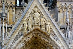 Imagini pentru katedra notre dame w reims Reims Cathedral, Notre Dame, Barcelona Cathedral, Building, Travel, Voyage, Buildings, Viajes, Traveling