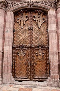 Beautiful imposing doors..........