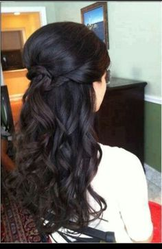 Long hair style.. would be great for an outdoor wedding