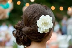 Inspirações: Penteado lateral para a noiva