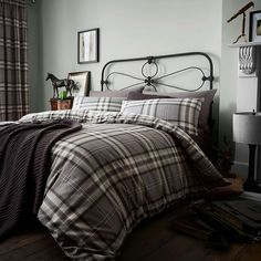 Cosy up this winter in the Kelso Duvet Cover Set, by Catherine Lansfield. The bold tartan design will look great in any room, giving a rustic look whilst also making the room feel warm and inviting.Set Includes: 1 x Duvet Cover, 1 x Pillowcase Double Duvet Set, Double Duvet Covers, Single Duvet Cover, Pillow Covers, King Size Duvet Sets, King Duvet Cover Sets, Tartan, Lounge, Queen