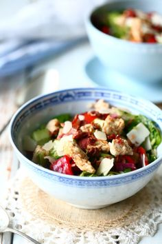 Pekoni-broilerisalaatti - Suklaapossu Pasta Salad, Potato Salad, Curry, Potatoes, Dishes, Chicken, Ethnic Recipes, Food, Crab Pasta Salad