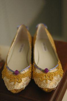 Marie Antoinette Shoes/Gold Lace Purple