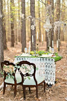 forest sweetheart table ideas @weddingchicks