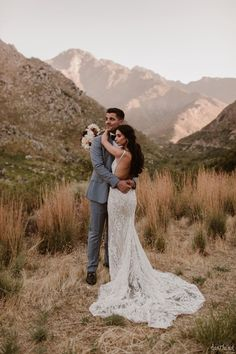 Beautiful, luxurious and intimate greenery wedding in Cape Town, South Africa by Happinest Weddings and Bouwer Flowers. Image by Page & Holmes. Wedding Coordinator, Wedding Planner, Destination Wedding, Unique Weddings, Real Weddings, Western Wedding Dresses, Industrial Wedding, Image Photography, Luxury Wedding