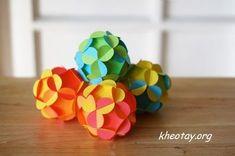 Cách làm quả cầu bằng giấy vừa đơn giản, vừa đẹp mắt với những nguyên liệu đơn giản. Chỉ cần vài phút để hoàn thành thôi