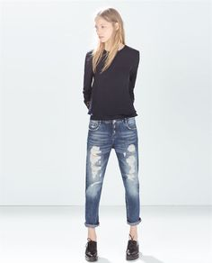 ZARA - IT¨S MID SEASON - TOP WITH EMBROIDERED CUFF