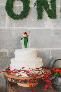 Fantastic Mr. Fox first birthday   The Paper Suite   100 Layer Cakelet