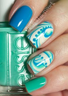 Nice Nails! Love Essie Nail Polish!