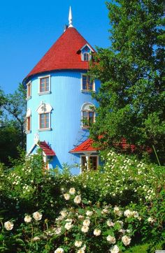 Moomin house in Naantali Finland. Beautiful Dream, Beautiful Places, Moomin House, Silo House, Tove Jansson, Moomin Valley, Cyan, Cottage, Beautiful Buildings