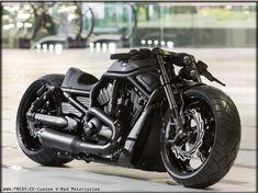 Custom Vrod by Fredy.ee #harleydavidsoncustommotorcyclesmotorbikes #harleydavidsonchoppersawesome #motorcycleharleydavidsonchoppers