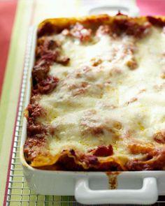 Tomato-Sausage Lasagna - Martha Stewart Recipes - My favorite food! Baked Pasta Recipes, Cooking Recipes, Freezer Cooking, Sausage Lasagna, Lasagna Bolognese, Cheese Lasagna, Baked Lasagna, Meat Lasagna, Sausage Pasta