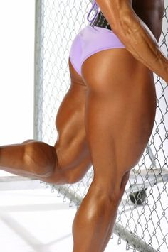 Mimi Jabalee strong legs and calves