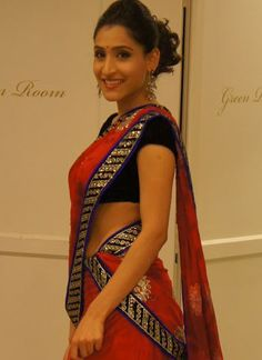 Indian Wedding Sarees Online at Czari Store!!!    We provide you the guarantee of the best designer Sarees, reliable designs, legitimate customer service and a comfortable shopping experience for sarees and designer sarees collection.    To know more details,  www.czari.in/women