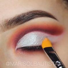 Simple makeup tips to make you look gorgeous! Sephora Makeup, Eyeshadow Makeup, Face Makeup, Eyeliner Tutorial, Makeup Inspo, Makeup Inspiration, Makeup Websites, Diy Makeup Wipes, Makeup Artist Near Me