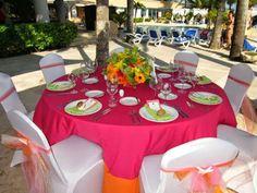 Table setting at beach wedding