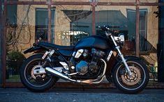 black GSX Inazuma 750 cc custom by Cafe Twin Inazuma 750, Xjr 1300, Bmw 328, Custom Trikes, Bmw K100, Ultra Classic, Honda Cb, Royal Enfield, Bike