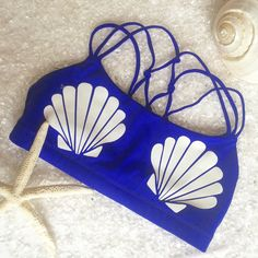 Mermaid sports bra in Cobalt Blue, this would be soo cute for the Disney Marathon! Ariel, The Little Mermaid, Seashells