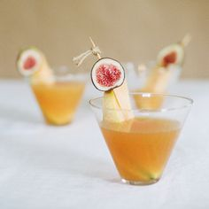 It's that time again, cheers to the weekend with a Fig & Melon Martini!