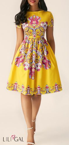 Short Sleeve Printed High Waist Dress Source by scarlet Latest African Fashion Dresses, African Dresses For Women, African Print Dresses, African Print Fashion, African Attire, Africa Fashion, Chitenge Dresses, Chitenge Outfits, African Fashion Designers