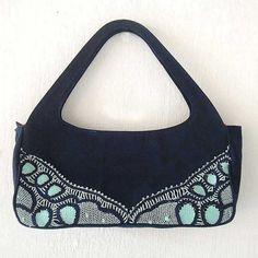 Bolsa de sarja com detalhe em renda renascença. A bolsa de mão estilo #Vintage. Peça única.