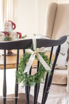 Christmas Home Tour 2019 - Sincerely, Marie Designs Christmas Bedroom, Christmas Home, Christmas Lights, Christmas Morning, Christmas 2019, Christmas Trees, Diy Drums, Tree Collar, Classic Christmas Decorations
