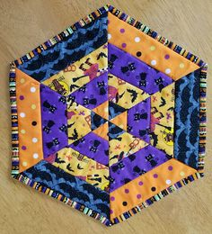 Halloween table topper hexagon table quilt quilted table