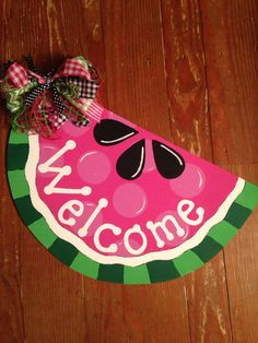 Watermelon door hanger Watermelon Party Decorations, Watermelon Decor, Watermelon Painting, Watermelon Ideas, Wooden Door Signs, Wooden Doors, Wood Signs, Wood Door Hanger, Burlap Door Hangers
